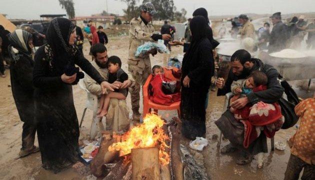 В лагере для переселенцев в Ираке отравились сотни людей, есть погибшие