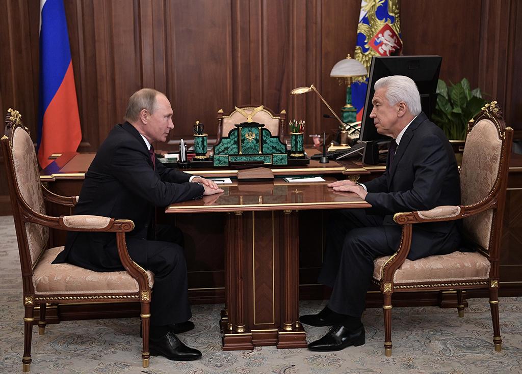 Путин назначаил и.о. руководителя Дагестана Владимира Васильева