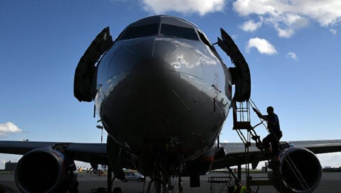 Русская иитальянская стороны договорились опоставках самолетов SSJ100 вевропейские страны