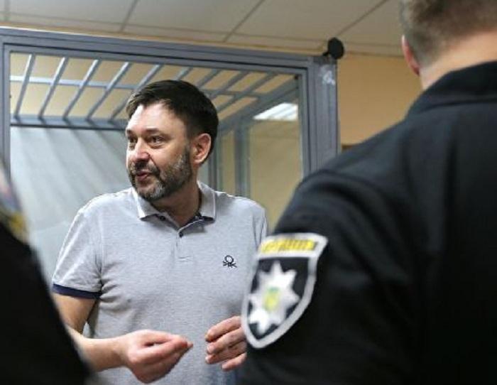 Освобождение Вышинского может содействовать разговору сКиевом— Кремль