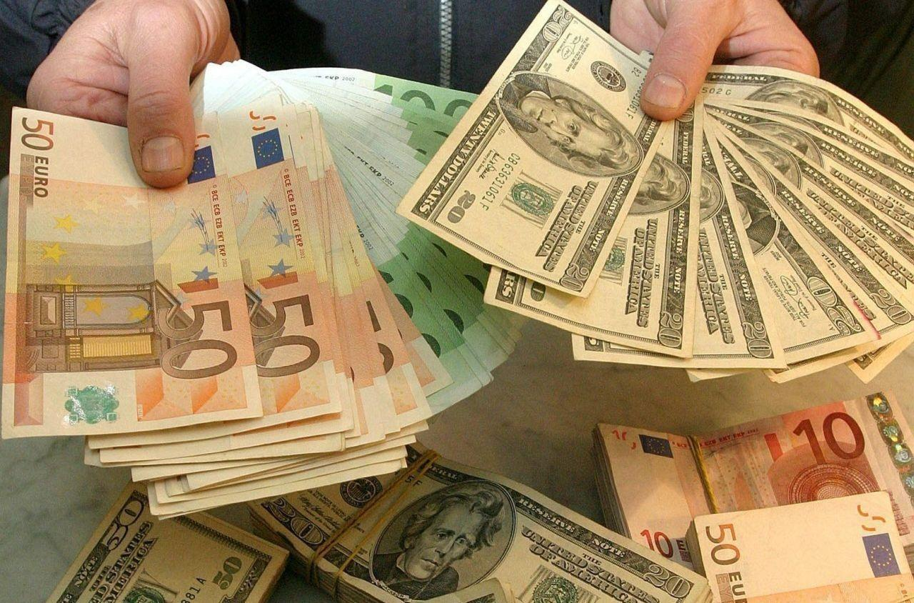 Иран отказался от интернациональных расчетов вдолларах иперешел наевро
