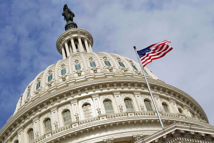 Исступление иистерика: русский вопрос измучил съезд США