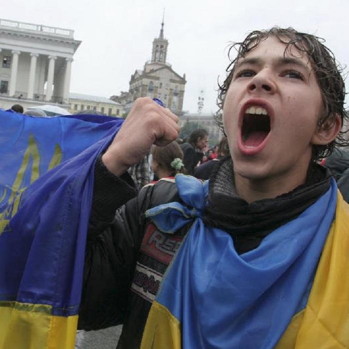 Геращенко: Украина может ввести для граждан России невизы, арегистрацию наспецсайтах