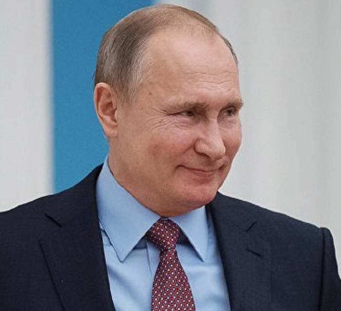 Кремль нераскрыл дату визита Владимира Путина вЦИК