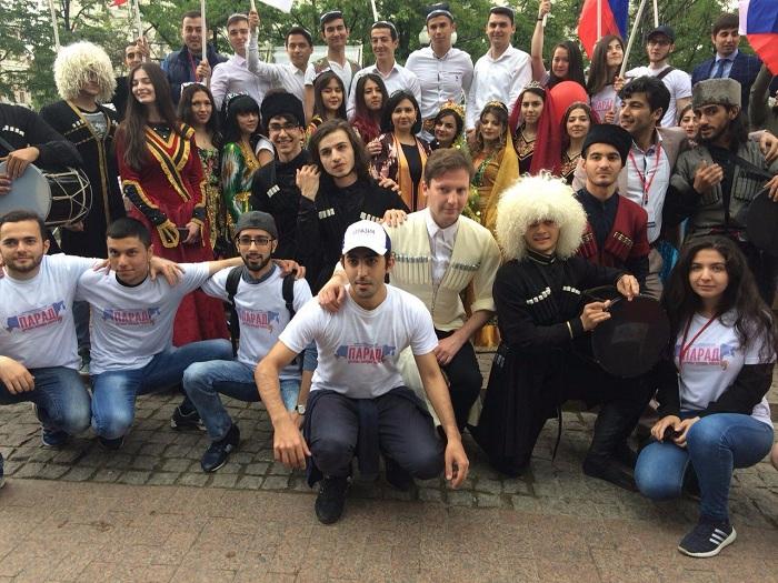 Картинки по запросу азербайджанцы в россии