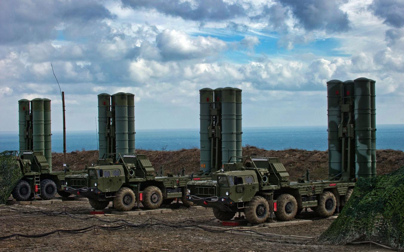 Кремль прокомментировал размещение вКрыму комплексов С-400
