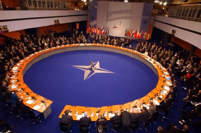 Генеральный секретарь НАТО объявил оформальном вступлении альянса вкоалицию противИГ