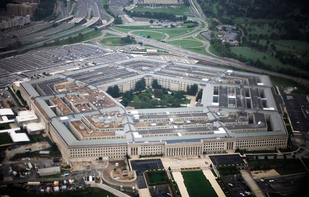 CNN: США стянули корабли и самолеты к авиабазе Шайрат в Сирии