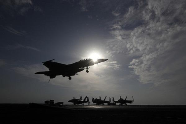 США нанесли удар попроправительственным отрядам вСирии