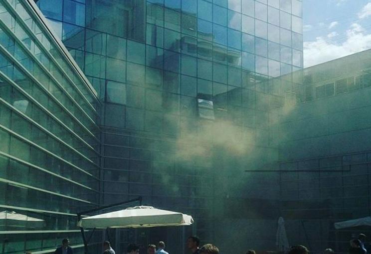 Вмногоэтажном здании «Яндекса» в столицеРФ произошел пожар