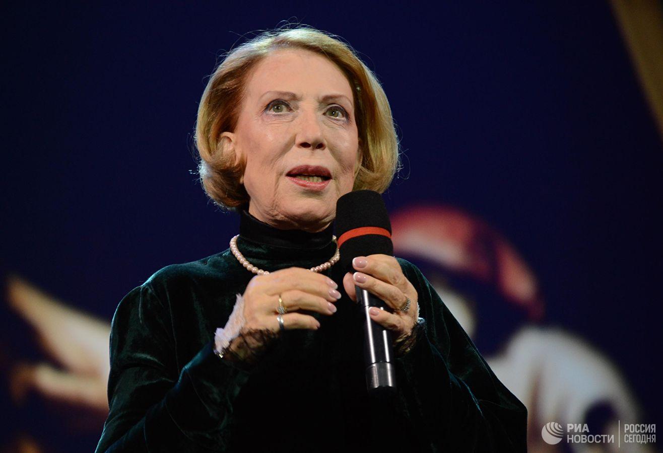 Медсотрудники поведали осостоянии упавшей сосцены Инны Чуриковой