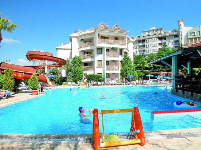 СМИ: туриста из Беларуси зарезали в отеле в Турции