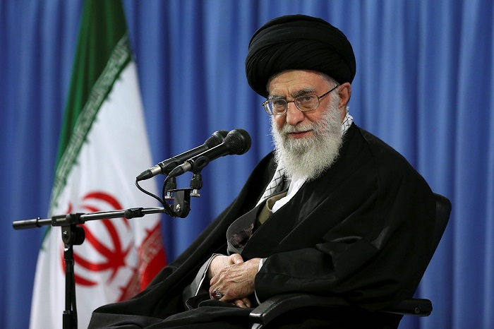 Хаменеи: Вашингтону и Англии неудалось вызвать беспорядки вИране