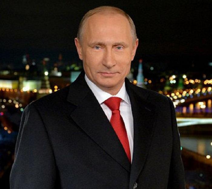 Путин наСоборной площади Кремля ответил нанедетские вопросы школьников