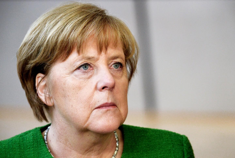 Меркель одобрила удар США иихсоюзников поСирии