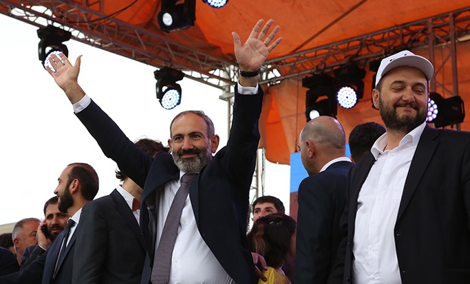 Никол Пашинян стал новым 16-м премьер-министром Армении