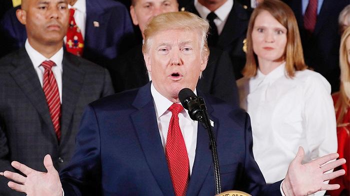 Трамп объявил об«ответном ударе» республиканцев ипризвал привлечь Клинтон кответственности