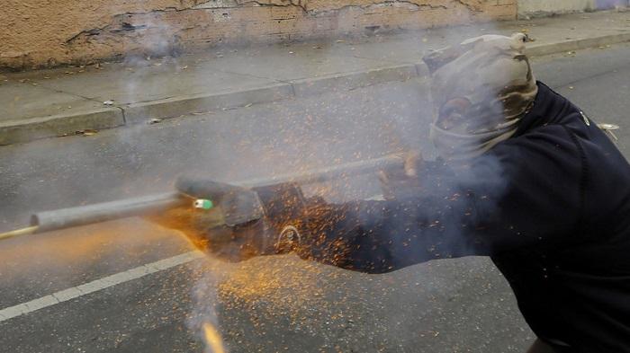 Из-за взрыва гранаты вночном клубе вКаракасе погибли 17 человек