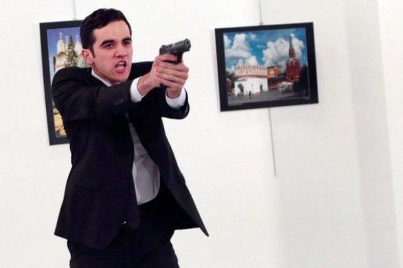 Проповедник Гюлен оказался среди обвиняемых вубийстве посла РФ