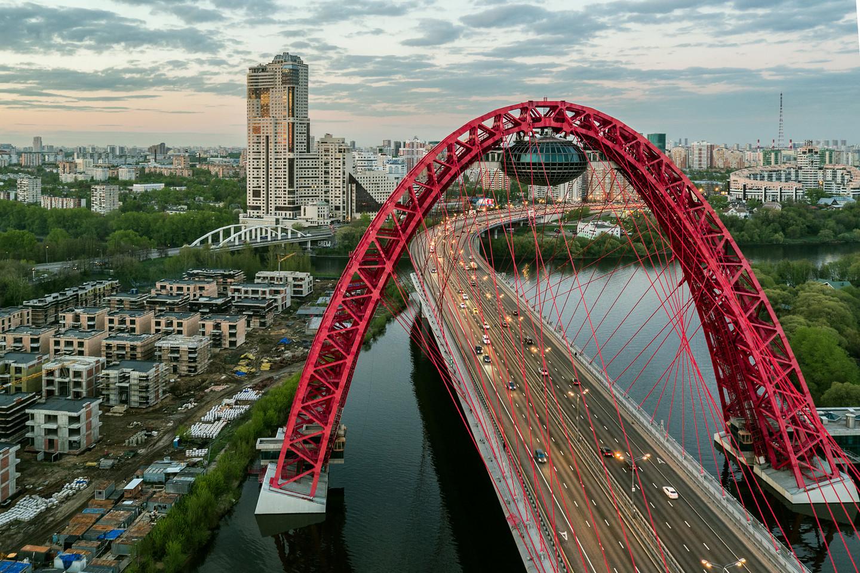 Неизвестные сказали оминировании Живописного моста в столице России