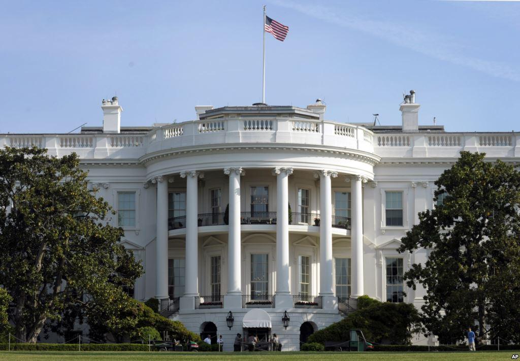 США вводят санкции против пятидесяти  друзей В. Путина
