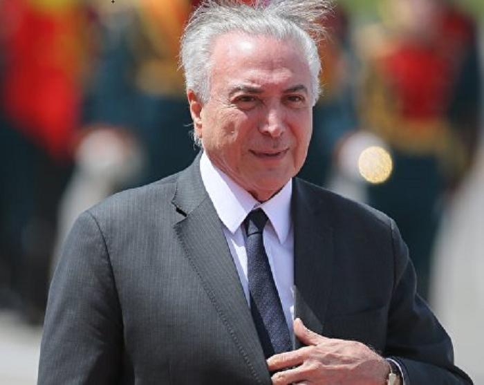 Напавший нарезиденцию президента Бразилии схвачен