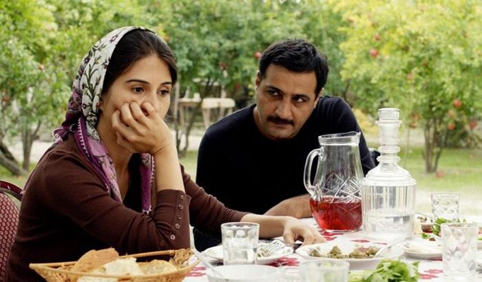В азербайджанский москве знакомств