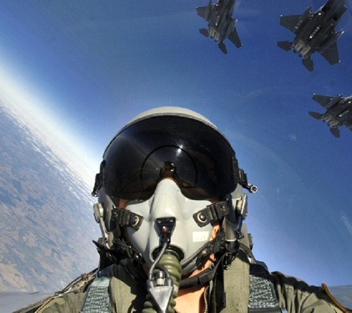 Австралия остановила авиаудары поСирии после заявления Российской Федерации