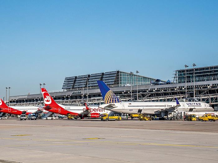Ваэропорту Штутгарта временно отменяли рейсы из-за угрозы теракта