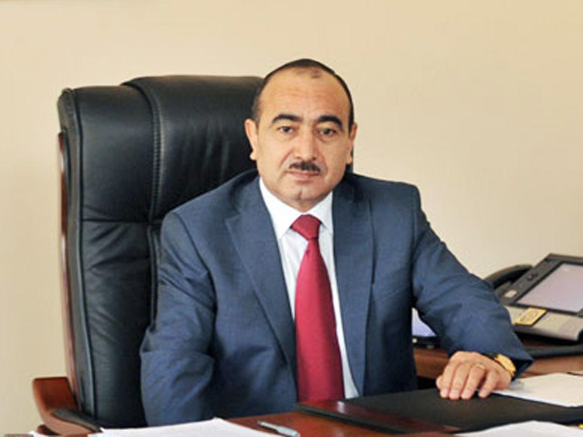 Ильхам Алиев распорядился провести вАзербайджане внеочередные выборы президента