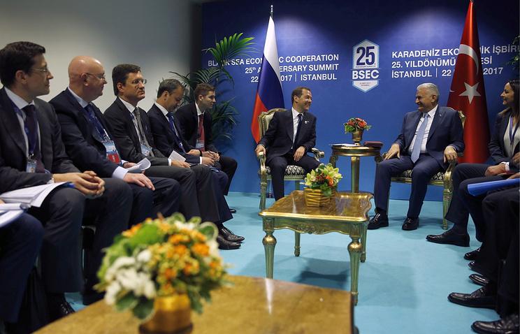 РФ иТурция договорились овзаимном снятии ограничений вторговле