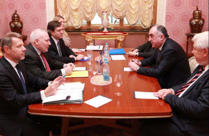 Руководителя МИД Азербайджана иАрмении согласились увидеться вВене