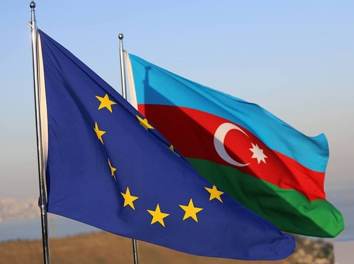 Шахин Мустафаев: Азербайджан иИран могут наладить производство автобусов