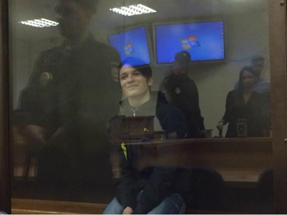 ФСБ: совершивший поджог казармы курсант планировал теракт вПетербурге
