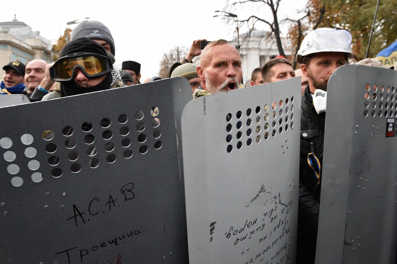 «Вспомните историю Чаушеску!» Протестующие вКиеве выдвинули Порошенко ультиматум