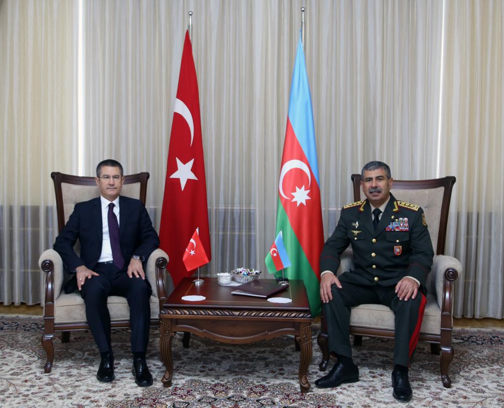 Министр обороны Турции высказался за«деоккупацию» Карабаха