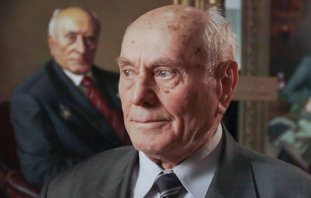 Скончался уроженец Белоруссии , легендарный советский разведчик Алексей Ботян