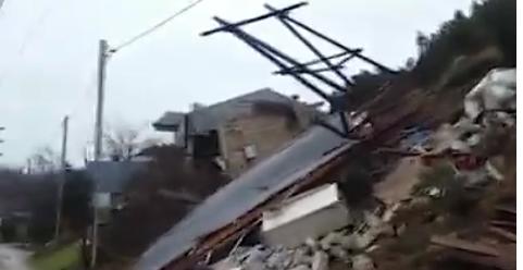 НаБаиловском склоне активизировался оползень, повреждены дома