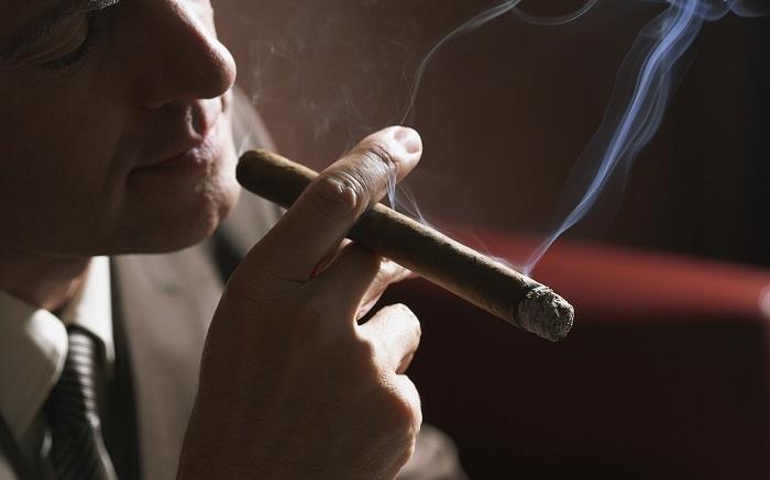Предприниматель изПетербурга стал чемпионом среди курильщиков— Дурное дело нехитрое