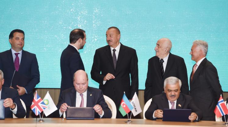 Президент Ильхам Алиев встретился с национальным министром Англии ВИДЕО