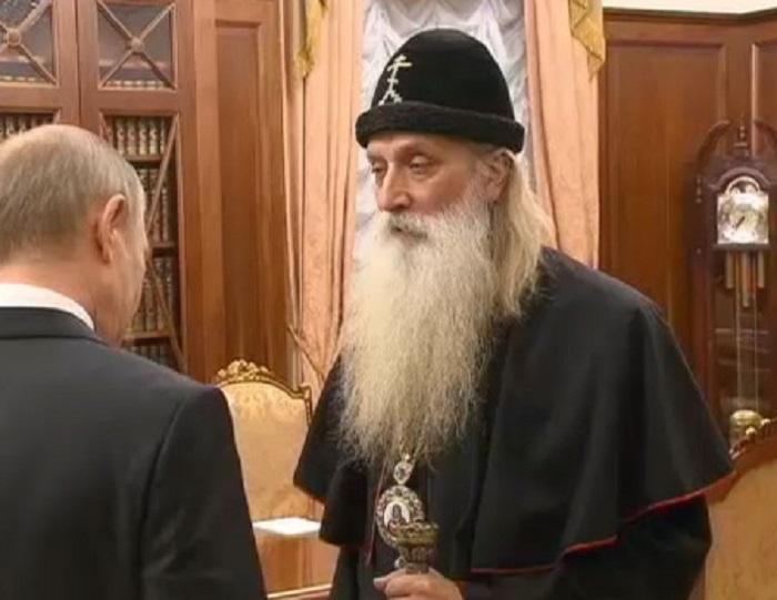 Владимир Путин посетил старообрядческий Рогожский духовный центр