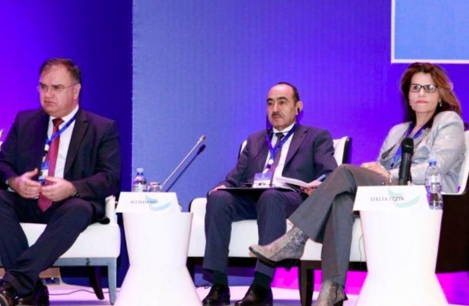 Анкара, Баку, Тегеран иТбилиси должны развивать транспортную сеть— руководитель МИД Турции
