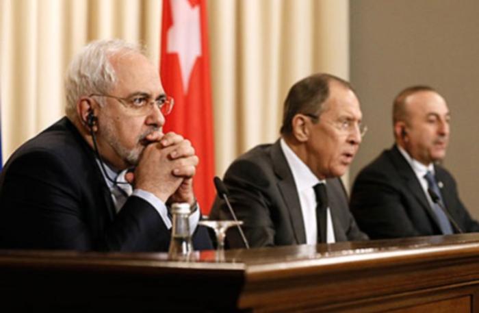 Лавров обсудил с главой МИД Франции ситуацию в Сирии