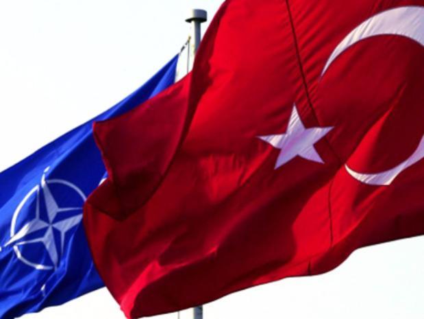 Минобороны Турции неисключает возможность начала операции вСирии вближайшие дни