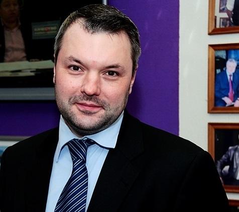 Дмитрий-Солонников-фото-с-сайта-polit.pro_.jpg