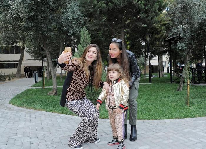 Image result for учредитель и руководитель Общественного объединения IDEA Лейла Алиева приняла участие в открытии двора